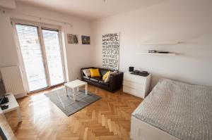 Bizzi LuxChelmska Apartments, Apartmanok  Varsó - big - 179