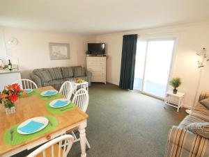 Small Suite with Balcony