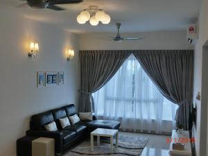 Luxury Tropez Residence, Apartmány  Johor Bahru - big - 3