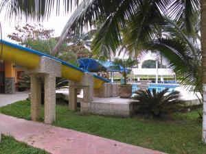 Hotel y Balneario Playa San Pablo, Отели  Monte Gordo - big - 161
