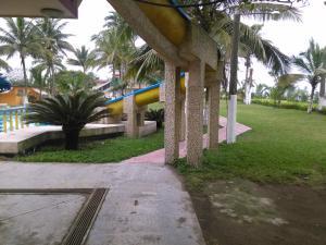 Hotel y Balneario Playa San Pablo, Отели  Monte Gordo - big - 173