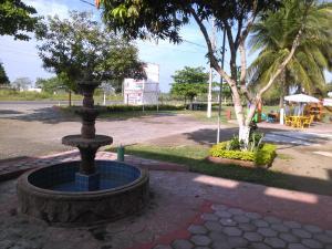 Hotel y Balneario Playa San Pablo, Отели  Monte Gordo - big - 168
