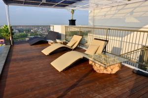Student Park Hotel Apartment, Апарт-отели  Джокьякарта - big - 17