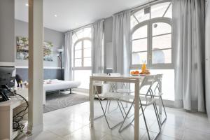 Stay U-nique Passeig de Gracia, Apartmanok  Barcelona - big - 21