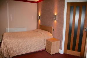 Barton Villa, Гостевые дома  Dukinfield - big - 31