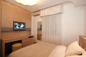 Hotel Saraceno, Отели  Морской Милан - big - 90