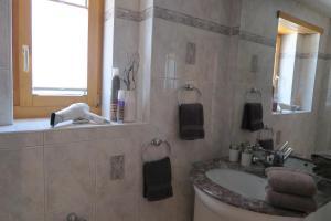 Apartment Bergfreude, Ferienwohnungen  Saas-Grund - big - 14