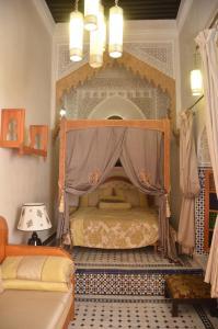 Riad Sabria, Riady  Sale - big - 20