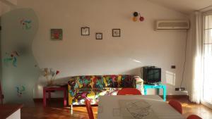 Silvia, Apartments  Sarzana - big - 37