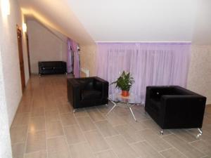 Guest House Yuzhniy, Locande  Divnomorskoye - big - 63