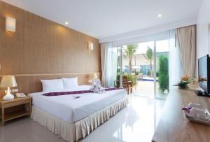 Chalong Princess Pool Villa Resort, Resort  Chalong  - big - 11