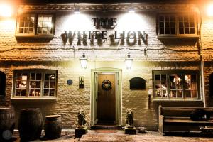 The White Lion, Soberton