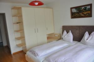 Pension Sonnblick, Guest houses  Sankt Kanzian - big - 6