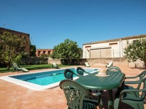 Holiday home Can Bertu, Holiday homes  Sant Pere Pescador - big - 11