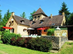 Villa Maison Les Bois, Villák  Bouzic - big - 1