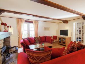 Villa Maison Les Bois, Villák  Bouzic - big - 19