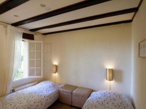 Villa Maison Les Bois, Villák  Bouzic - big - 6
