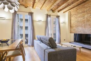 Friendly Rentals Michelangelo, Appartamenti  Barcellona - big - 1