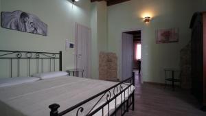 Tenuta Iannone, Загородные дома  Tornareccio - big - 10