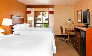 Deluxe Queen Room with Two Queen Beds and View