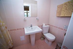 Guest House Yuzhniy, Locande  Divnomorskoye - big - 9
