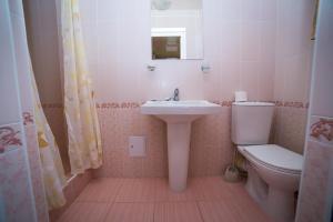 Guest House Yuzhniy, Locande  Divnomorskoye - big - 5