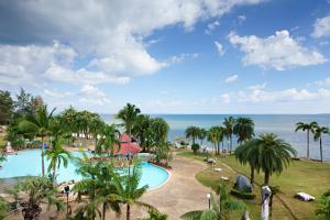 Rockgarden Beach Resort