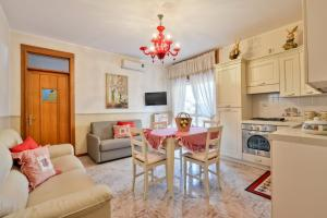 Apartments La Boungaville, Appartamenti  Agropoli - big - 32