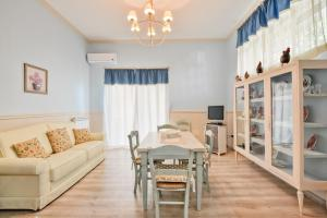 Apartments La Boungaville, Appartamenti  Agropoli - big - 5