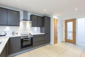 Capital Retreats - Shandwick Place, Apartments  Edinburgh - big - 21