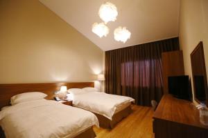 Palgong Emillia Hotel