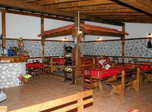 Korina Sky Hotel, Hotely  Bansko - big - 34