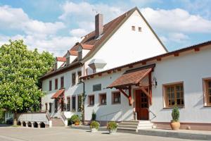 Landgasthof Vogelsang, Penzióny  Weichering - big - 1
