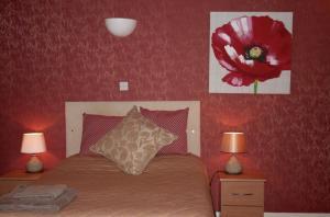 Barton Villa, Гостевые дома  Dukinfield - big - 41