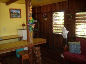 Green Parrot Beach Houses and Resort, Lodge  Maya Beach - big - 39