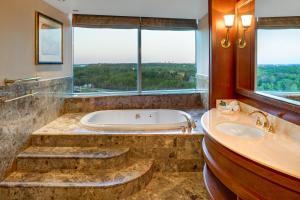 Hilton Lac-Leamy, Hotely  Gatineau - big - 14