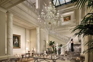 emblème de l'établissement Palazzo Parigi Hotel & Grand Spa