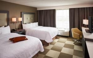 Hampton Inn by Hilton Sarnia/Point Edward, Szállodák  Point Edward - big - 2
