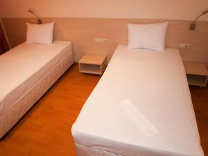 Hotel Astra, Hotely  Sofia - big - 22
