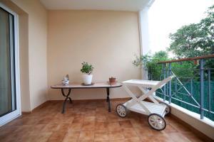 Apartamentos Kasa25 Golf & Beach Hoyo 18, Apartmanok  Alicante - big - 22