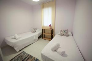 Apartamentos Kasa25 Golf & Beach Hoyo 18, Apartmanok  Alicante - big - 29