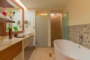 Royal Beach Double Room - Adults only