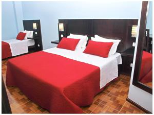 Faria Guimares Porto Centro - Rooms & Cosy Apartments, Affittacamere  Oporto - big - 12