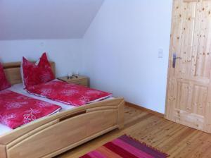Ferienwohnungen Grün, Apartments  Preitenegg - big - 9