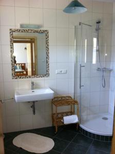Ferienwohnungen Grün, Apartments  Preitenegg - big - 6