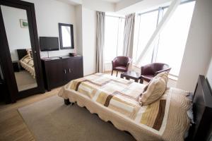 Hotel Navrom River, Hotels  Galaţi - big - 8
