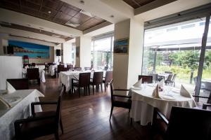 Hotel Navrom River, Hotels  Galaţi - big - 30
