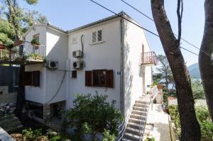 Guesthouse Sobra, Penziony  Sobra - big - 87
