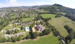 Aux Portes des Monts d'Aubrac, Üdülőparkok  Espalion - big - 24