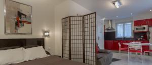 Hotel De L'Horloge, Aparthotels  Paris - big - 51
